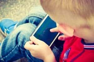 kids tech social media gaming addiction